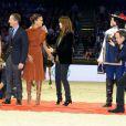 Noémie Lenoir, Marina Hands et Nikos Aliagas lors de l'épreuve Style & Competition for AMADE aux Gucci Masters de Villepinte le 7 décembre 2013