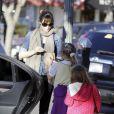 Jennifer Garner avec ses filles Violet et Seraphina au parc avec Ben Affleck à Pacific Palisades, Los Angeles, le 10 décembre 2013.