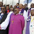 Mgr Mpumlwana, l'archeveque Desmond Tutu et le reverend VG Nyobolelors des funérailles de Mandela à Qunu en Afrique du Sud le 15 décembre 2013.