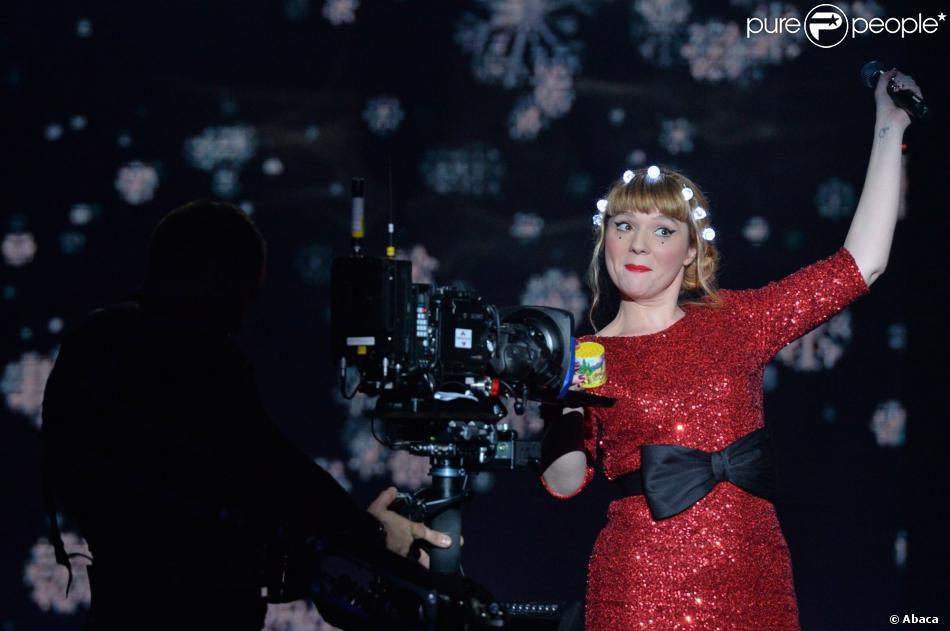 EXCLUSIF - Luce sur lePrime de la Nouvelle Star Fête Noel sous le chapiteau de l'arche Saint Germain à Issy-Les-Moulineaux, le 16 décembre 2013