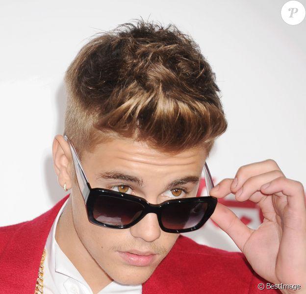 """Justin Bieber à la première de son film """"Believe"""" à Los Angeles, le 18 décembre 2013."""
