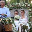 Tatiana Blatnik avec son beau-père Atilio Brillembourg lors de son mariage avec le prince Nikolaos de Grèce le 25 août 2010 sur l'île de Spetses.