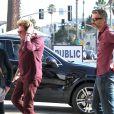 Johnny Hallyday se rend au restaurant The Ivy avec son ami l'acteur François Vincentelli aà Los Angeles, le 16 janvier 2014.
