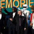 Daft Punk avec Nile Rodgers, Paul Williams et Pharrell Williams recoivent le prix de l'Album de l'année - 56e cérémonie des Grammy Awards à Los angeles, le 26 janvier 2014.
