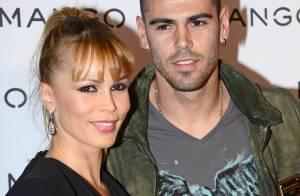Victor Valdés et sa belle Yolanda : Amoureux devant un défilé de bombas latinas