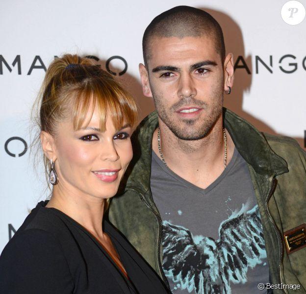 Victor Valdés et sa femme Yolanda Cardona au defilé Mango à Barcelone, le 27 janvier 2014.