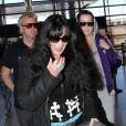 Cher avec son fils Elijah Blue Allaman à l'aéroport de Los Angeles, le 29 mai 2013.