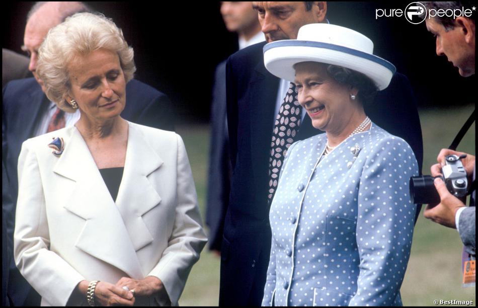 Bernadette Chirac et Elizabeth II à Paris, le 8 juin 1992.