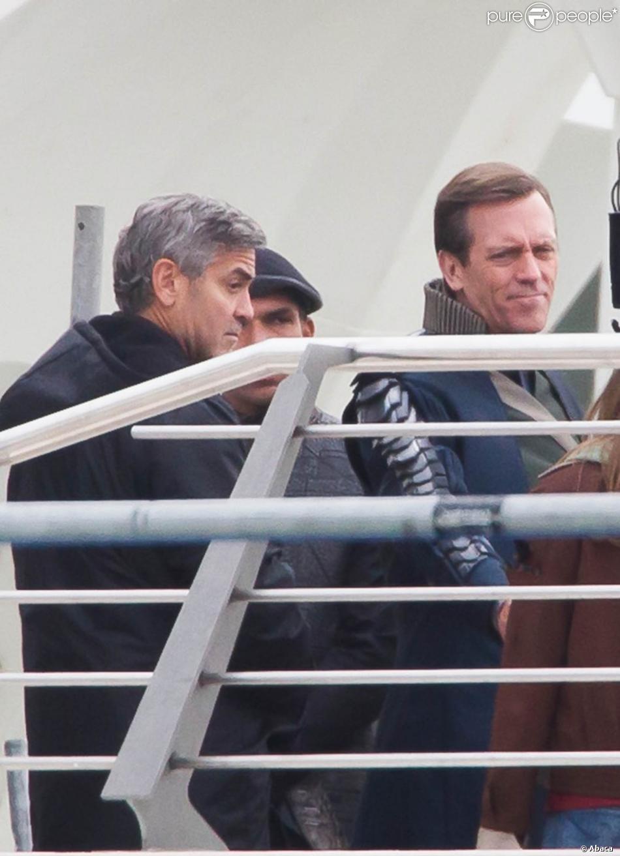 George Clooney et Hugh Laurie sur le tournage de Tomorrowland à Valence (Espagne), le 21 janvier 2014.