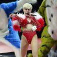 """Miley Cyrus en concert lors de sa tournée """"Bangerz Tour"""" au """"Rogers Arena"""" à Vancouver, le 14 février 2014."""
