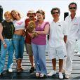 """Les Bronzés 3  de  Patrice Leconte  (2005). Avec son sous-titre, """" amis pour la vie """", la production a clairement joué sur la nostalgie de retrouver cette bande de copains cultes. Ça a marché avec 10 millions d'entrées, côté critique, c'était plutôt : """" L'ensemble tient gentiment la route, aidé par quelques répliques vachardes. Mais le charme n'y est plus. """" ( Le Journal du dimanche )."""