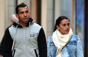 Carlos Tevez heureux papa : La star de la Juventus présente son 3e enfant