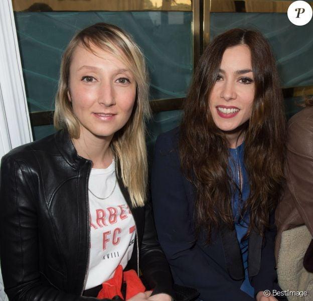 Audrey Lamy et Olivia Ruiz assistent au défilé jitrois automne-hiver 2014-2015. Paris, le 1er mars 2014.