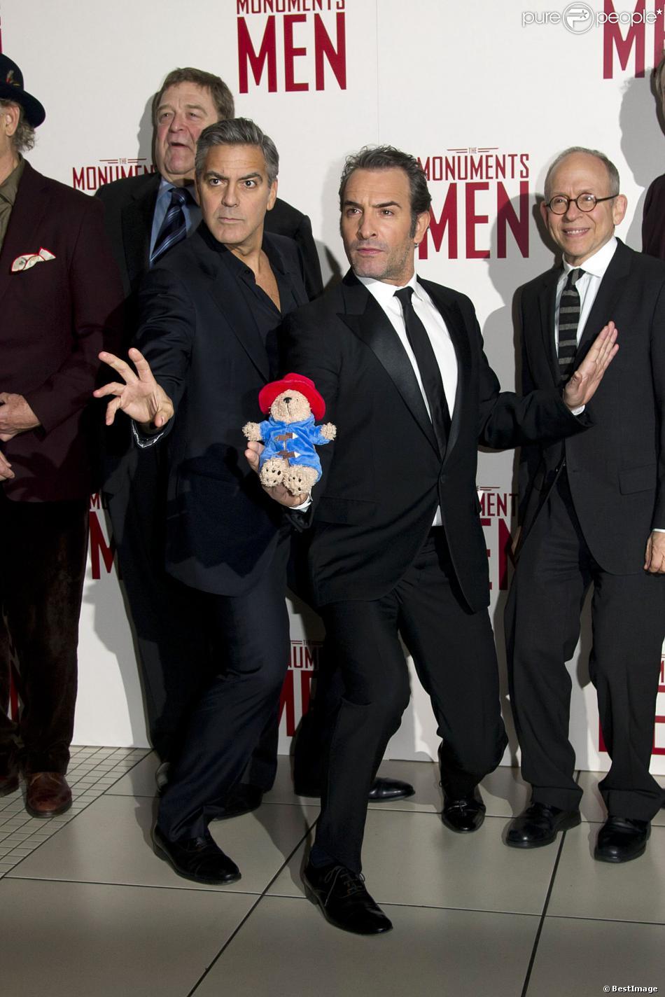 George clooney et jean dujardin lors de l 39 avant premi re for Film de jean du jardin
