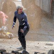 Avengers 2: Aaron Taylor-Johnson relooké, en action avec la sexy Elizabeth Olsen
