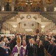 Le roi Juan Carlos Ier d'Espagne et la reine Sofia avec l'archevêque de Madrid Rouco Varela lors des obsèques d'Etat de l'ancien chef du gouvernement espagnol Adolfo Suarez en la cathédrale de La Almudena à Madrid, le 31 mars 2014.