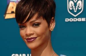 Rihanna prend la pose pour la marque de vêtements de Kanye West !