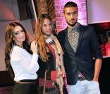 Emilie Nef Naf, redevenue brune : Businesswoman devant deux Anges in love !
