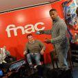 """Exclusif - Jamie Foxx et Marc Webb (réalisateur) à la Fnac Saint-Lazare à Paris afin de faire la promotion du film """"The Amazing Spider-Man : Le destin d'un héros"""", le 11 avril 2014."""