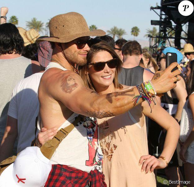 Kellan Lutz, Ashley Greene lors du 1er jour du Festival de Coachella à Indio, le 11 avril 2014.