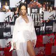 Rihanna sur le tapis rouge de la cérémonie des MTV Movie Awards à Los Angeles, le 13 avril 2014.