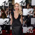 Rita Ora sur le tapis rouge de la cérémonie des MTV Movie Awards à Los Angeles, le 13 avril 2014.