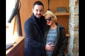 Christina Aguilera, enceinte et amoureuse : Elle affiche enfin son baby bump !