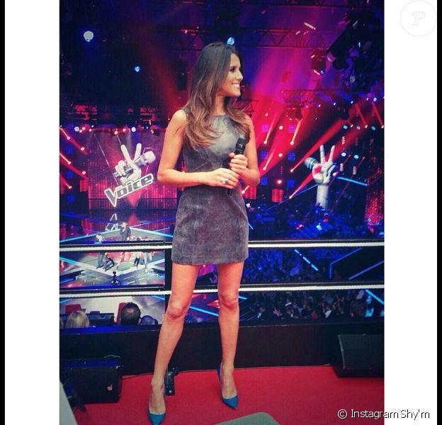 Karine Ferri dans une robe As I Am, samedi 19 avril 2014 dans The Voice 3 sur TF1.