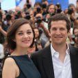 """Marion Cotillard et Guillaume Canet - Photocall du film """"Blood Ties"""" au Festival du Film de Cannes le 20 mai 2013"""