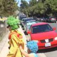 Katy Perry, en faux clown, dans Birthday.