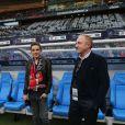François-Henri Pinault et son fils François Pinault assistent à la finale de la Coupe de France entre le Stade Rennais et Guingamp, à Saint-Denis, près de Paris, le 3 mai 2014.