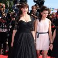 """Monica Bellucci et Maria Alexandra Lungu - Montée des marches du film """"Les Merveilles"""" (Le Meraviglie) lors du 67e Festival du film de Cannes le 18 mai 2014"""