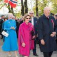 La reine Sonja et le roi Harald V de Norvège suivis par la reine Margrethe II de Danemark et le prince Henrik. La famille royale de Norvège a achevé de fêter le bicentenaire de la constitution norvégienne à Eidsvoll le 17 mai 2014. Des festivités étaient organisées dans la ville où fut ratifié le texte en 1814, auxquelles le roi Harald, la reine Sonja, le prince Haakon et la princesse Mette-Marit ont pris part avec la reine Margrethe II de Danemark et le prince Henrik ainsi que le roi Carl XVI Gustaf de Suède et la reine Silvia.