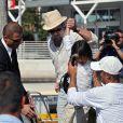 Brad Pitt et ses enfants Pax et Maddox arrivent à Venise