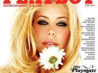Kennedy Summers : Playmate de l'année et intello, la blonde sexy se dénude...