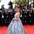 """Araya A. Hargate sur tapis rouge pour la montée des marches du film """"Sils Maria"""" lors du 67 ème Festival du film de Cannes, à Cannes le 23 mai 2014"""
