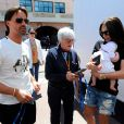 Tamara Ecclestone, Bernie Ecclestone, Jay Rutland et la petite Sophia dans le paddock du Grand Prix de Monaco, le 23 mai 2014