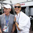 Sir Patrick Stewart, Karolina Kurkova lors du Grand Prix de Monaco le 25 mai 2014