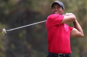VIDEO : Quand Tiger Woods fait un coup miraculeux digne de Jésus Christ !