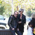 Johnny Hallyday et sa femme Laeticia à Malibu, le 25 mai 2014.