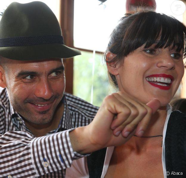 Pep Guardiola et sa femme Cristina Guardiola à Munich, le 6 octobre 2013.