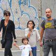 Pep Guardiola avec ses enfants à New York le 14 septembre 2012.