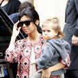 Exclusif - Kourtney Kardashian, son compagnon Scott Disick et leurs enfants Mason and Penelope Disick ont passé la journée à Paris, le 27 mai 2014. Ils ont fait du shopping chez Saint Laurent, Ralph Lauren et Sonia Rykiel. Ensuite toute la petite famille est allée se promener au jardin du Luxembourg.