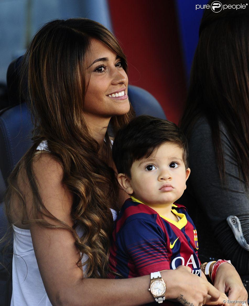 Фото месси и его жены с ребёнком