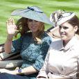La princesse Beatrice et la princesse Eugenie d'York au premier jour du Royal Ascot, le 17 juin 2014