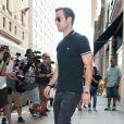 Jennifer Aniston et son fiancé Justin Theroux font du shopping à New York le 24 juin 2014.