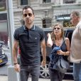 Jennifer Aniston et Justin Theroux s'offrent un après-midi shopping à New York le 24 juin 2014.