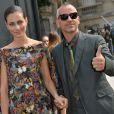 Eros Ramazzotti et sa femme Marica Pellegrinelli, à l'hôtel Salomon de Rothschild pour le défilé homme Valentino printemps-été 2015. Paris, le 25 juin 2014.