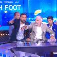 Jamel Debbouze, Michael Youn et Cyril Hanouna sèment le trouble sur le plateau de 20H foot sur D8, le 25 juin 2014