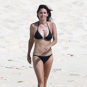 Courteney Cox : Renversante en bikini à 50 ans, elle roucoule avec son fiancé